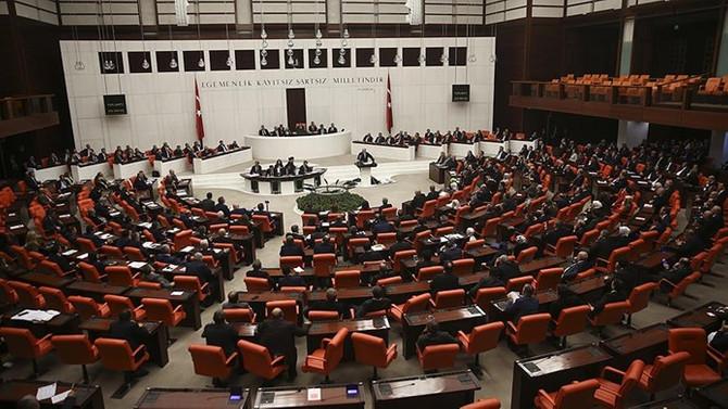 CHP Grup Başkanvekili Özgür Özel'e uyarı cezası