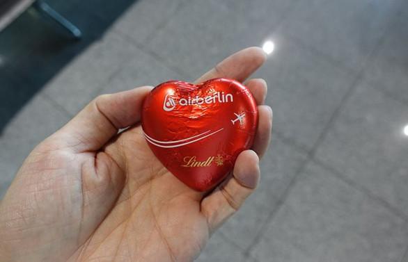 Air Berlin'in çikolataları satışa çıkarıldı