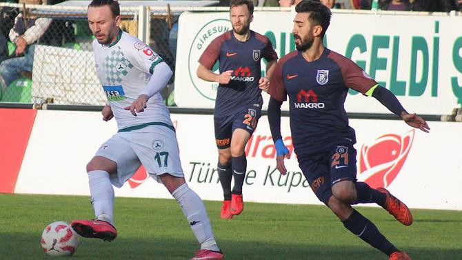 Medipol Başakşehir tur için sahada