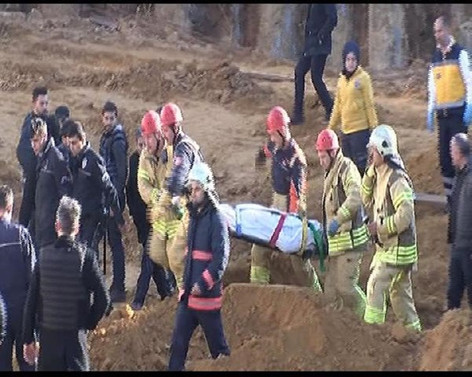 Sultangazi'de toprak kayması: Bir ölü