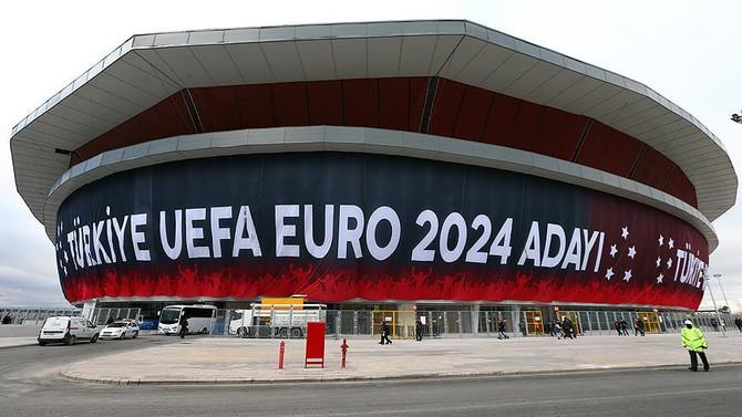 Türkiye'nin EURO 2024 adaylığı için logo tanıtılacak