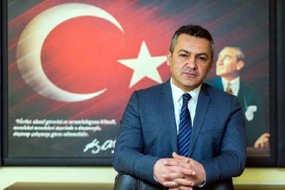 İlk defa bir Türk, Avrupa Ekonomi Senatörü seçildi