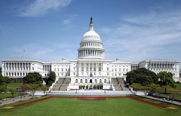 ABD hükümeti kapanmanın eşiğinde