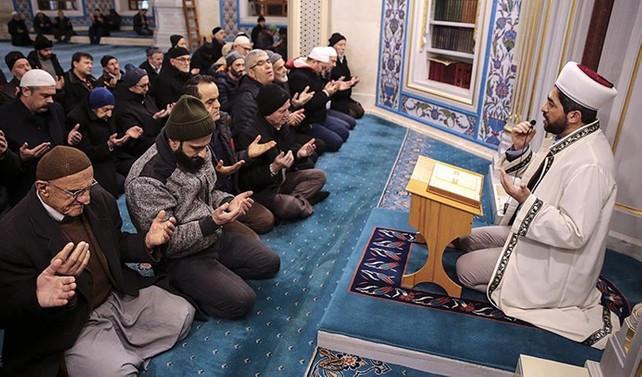 90 bin camide 'zafer duası'