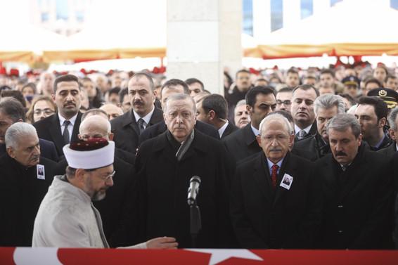 Erdoğan: Şehidimizin vasiyetini yerine getireceğiz