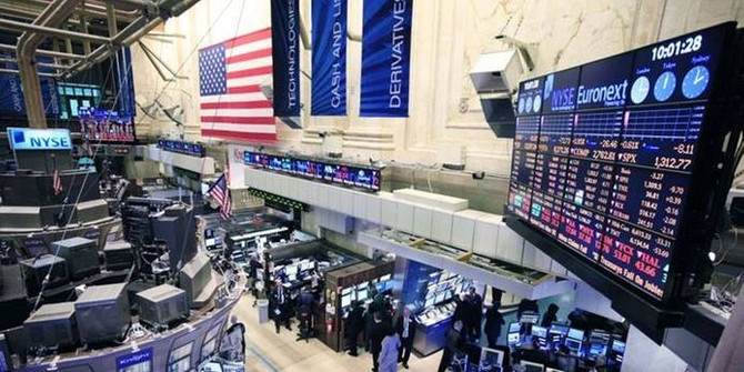 New York borsasında Dow Jones düşüşle açıldı