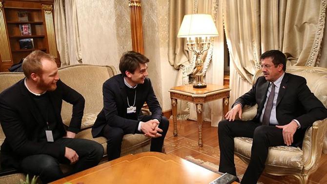 Zeybekci, Davos'ta üst düzey yöneticilerle görüştü