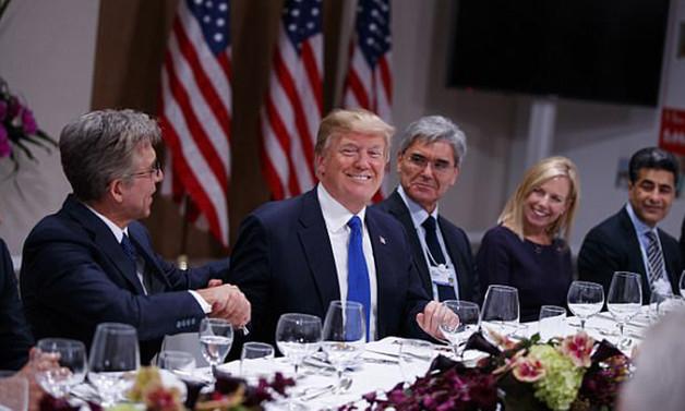 Trump Davos'ta Avrupa iş dünyasıyla buluştu