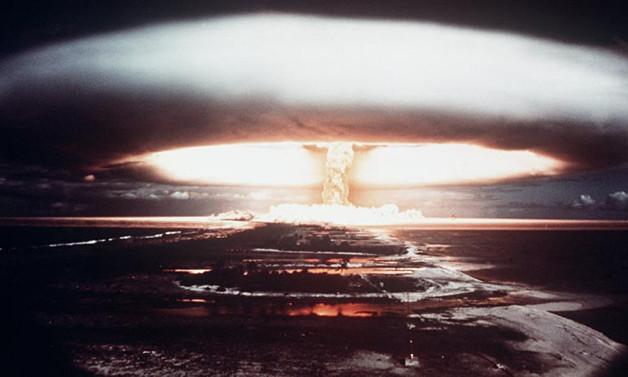 Cezayir, nükleer denemeler için Fransa'dan tazminat istiyor