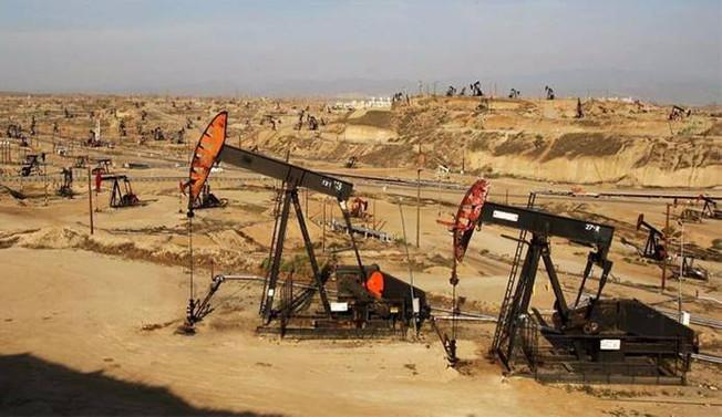 Irak, İran'da petrol rafinerisi inşa edecek