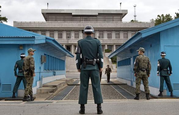Kore'de buzlar eriyor