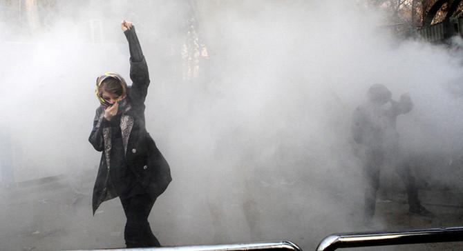 İran'daki olaylar, Ortadoğu'daki gerilimin yansıması