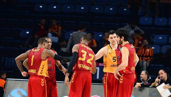 Galatasaray'da Topsakal istifa etti