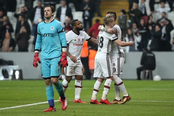 Beşiktaş, kupadaki ilk maçta avantaj yakaladı