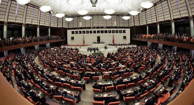 CHP'den asgari ücret için araştırma önergesi