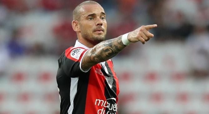 Sneijder Katar yolcusu