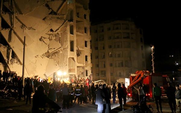 İdlib'de 4 ayrı patlama: 30 ölü