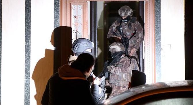 Adana'da terör operasyonu: 8 kişi yakalandı