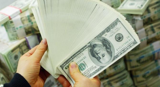 Serbest piyasada dolar 3,7420 liradan açıldı