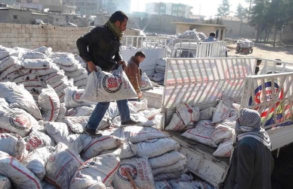 Muhtaç ailelere 500 kilo kömür yardımı
