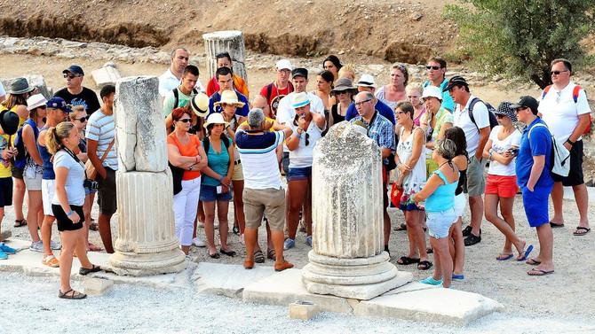 Anadolu Üniversitesi turist rehberlerini eğitecek