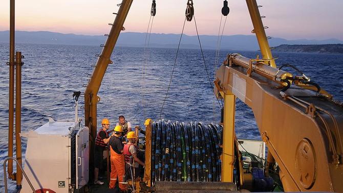 Akdeniz için 'sondaj' anlaşması