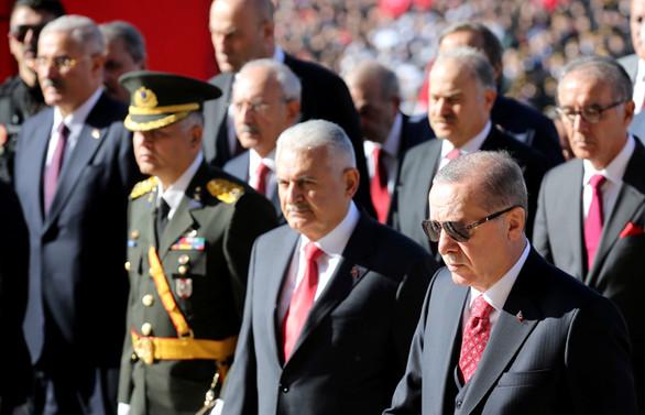 Cumhuriyet 95 yaşında, ilk tören Anıtkabir'de yapıldı