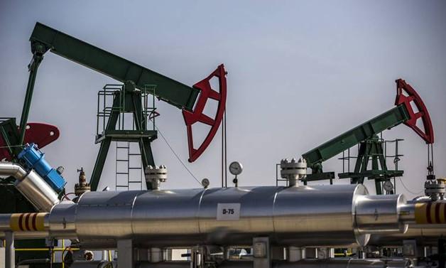 Petrol fiyatları 76 dolarda seyrediyor