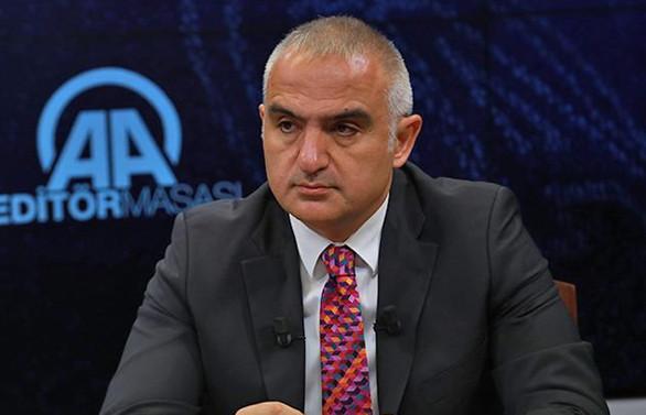 Turizm Bakanı Ersoy: Turist sayısında Türkiye rekorunu kıracağız