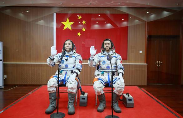 Çin şimdi de gözünü uzaya dikti