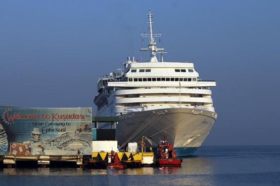 Kuşadası Limanı'na bu yıl 152 kruvaziyer demirledi