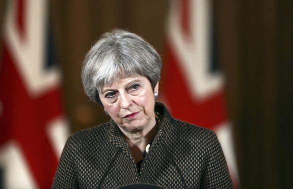 İstifalar sonrası May, Brexit anlaşmasına destek istedi