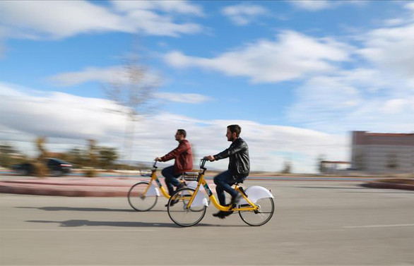 Bakan Kurum: Bisiklet ve yürüyüş yolu yapma zorunluğu getiriyoruz