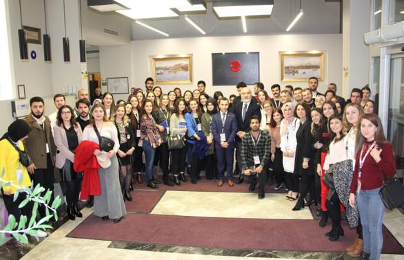 Ünsped Gençlik Zirvesi özel sektör ve üniversiteleri buluşturdu