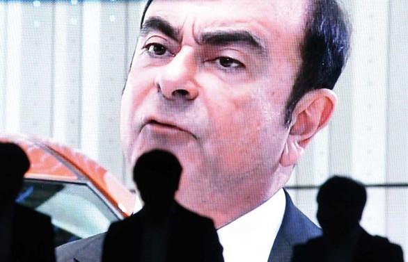Ghosn, tutuklanmasının ardından görevden alındı