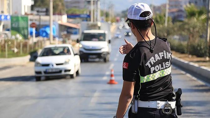 Emniyetten trafikte 'hız tespit silahı' iddiasına yalanlama