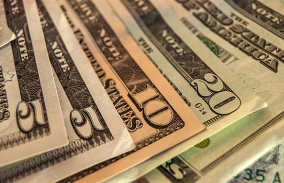 Dolar/TL'de düşüş trendi sürüyor