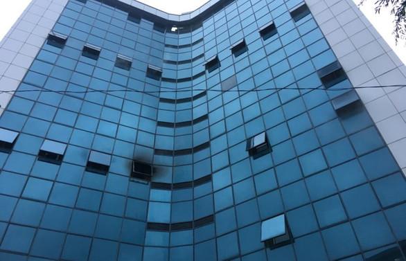 Şişli'de 17 katlı binada yangın