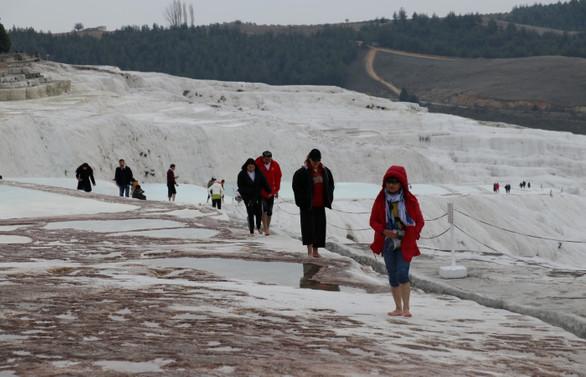 Pamukkale turist sayısında rekor kırdı