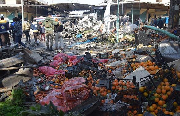 Afrin'de pazar yerine bomba yüklü araçla saldırı