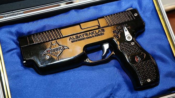 Milli elektroşok silahı Wattozz için ilk satış sözleşmesi imzalandı