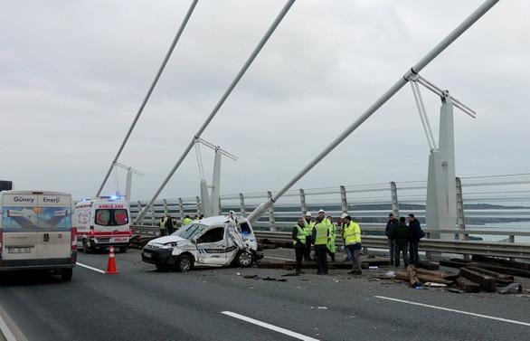 3. köprüde trafik kazası, bir şerit kapatıldı