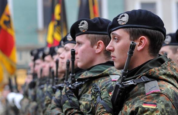Almanya, başka ülkelerden asker almayı düşünüyor