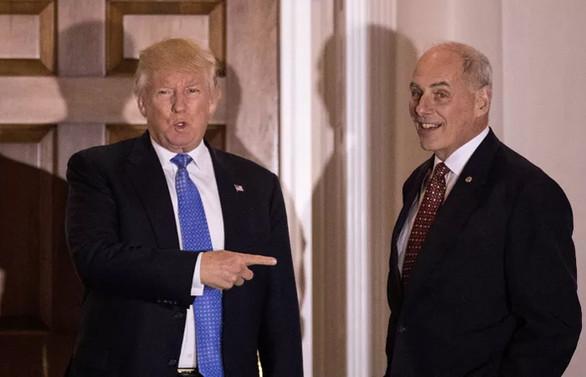 Trump'ın özel kalem müdürü görevi bırakıyor