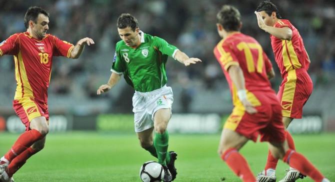 İrlandalı futbolcu kansere yenik düştü