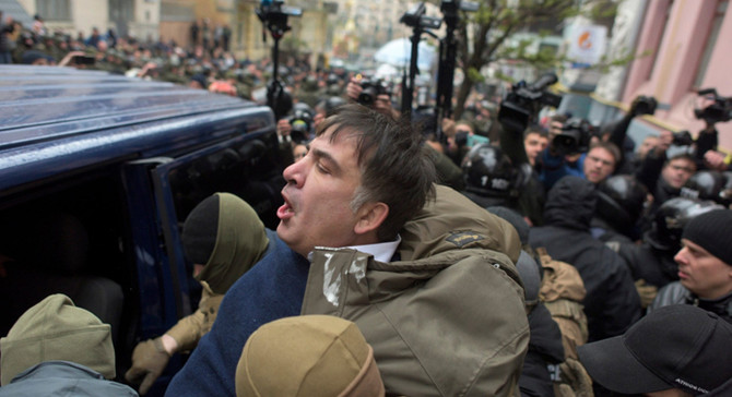 Saakaşvili tekrar gözaltına alındı