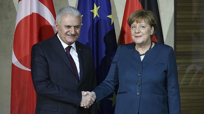 Başbakan Yıldırım ile Merkel bir araya gelecek
