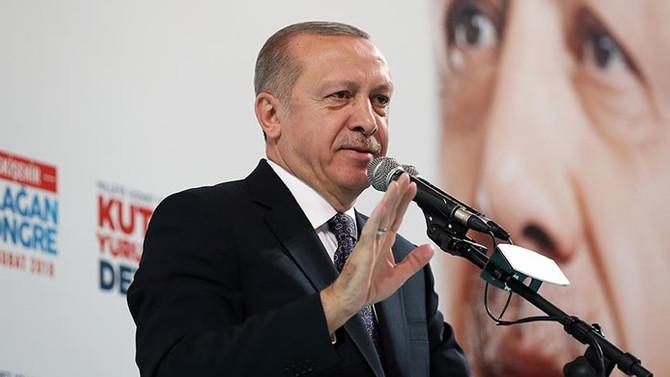 Erdoğan: İstiklalimizi tehdit edeni ezer geçeriz