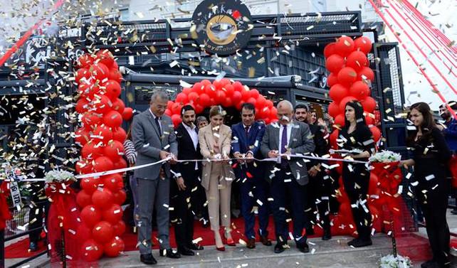 Gönül Kahvesi'nin yeni şubesi Mersin'de açıldı