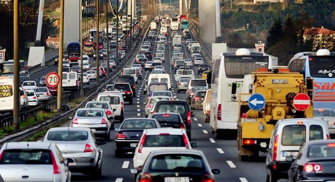 Trafiğe 103 bin yeni araç girdi